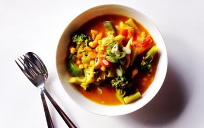 Gele curry met groenten