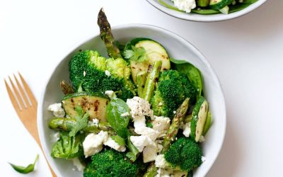 Groene salade met fetakaas en citroen