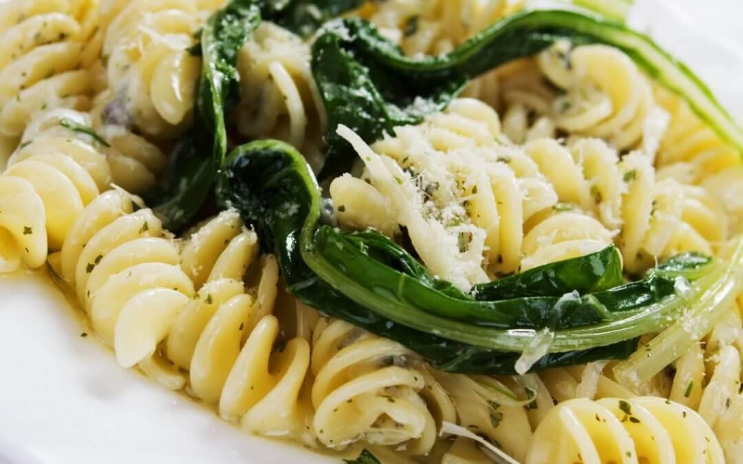 Snelle pasta: met postelein