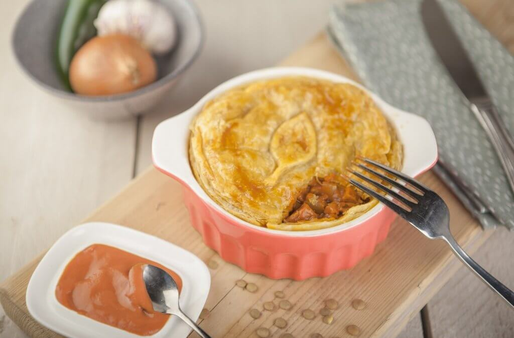 Australian 'meat' pie met vegetarische Tomeato burger